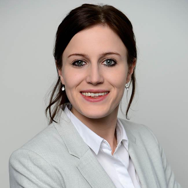 Carina Wörner, Junior Fund Analyst