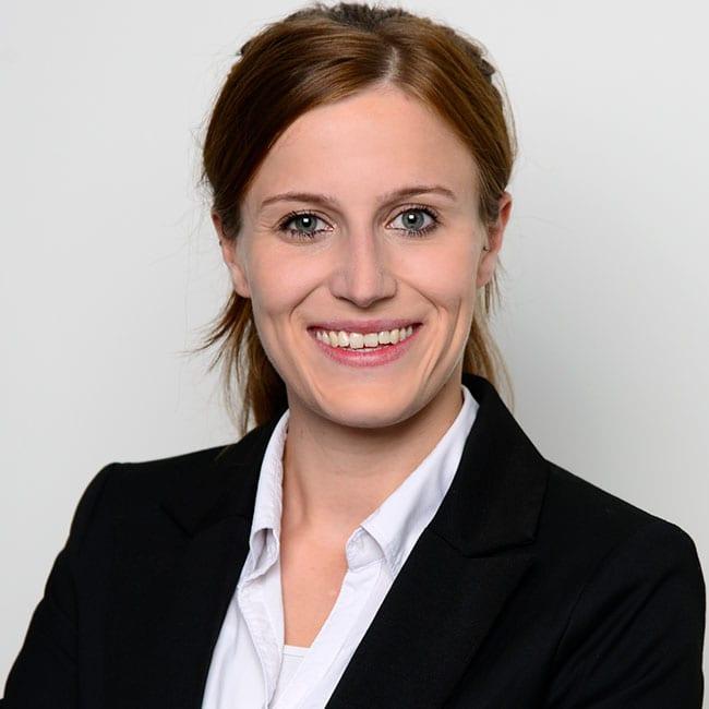 Portraitfoto von Carina Wörner, Junior Fund Analyst, Real Exchange